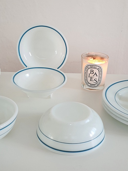 (2p입고) Vintage Corning White Milk Glass Blue Band Cereal or Salad Bowls
