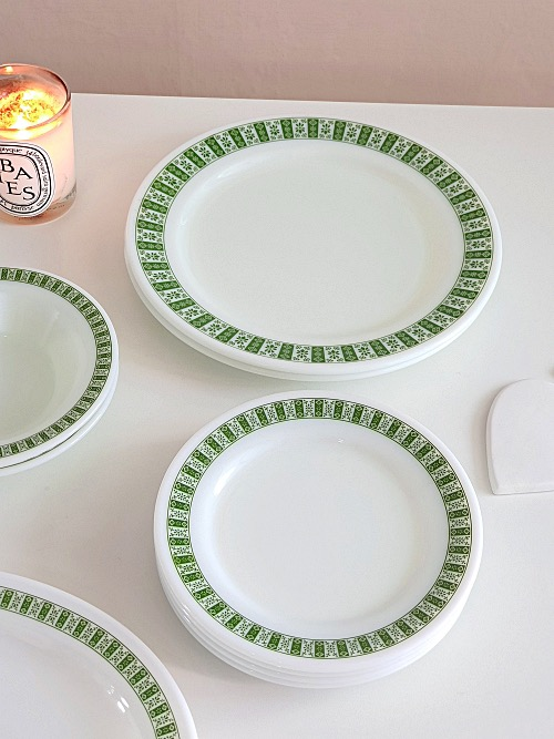 (4장입고) Vintage Corning Pyrex White Milk Glass Darby Dinner Plate (23CM)